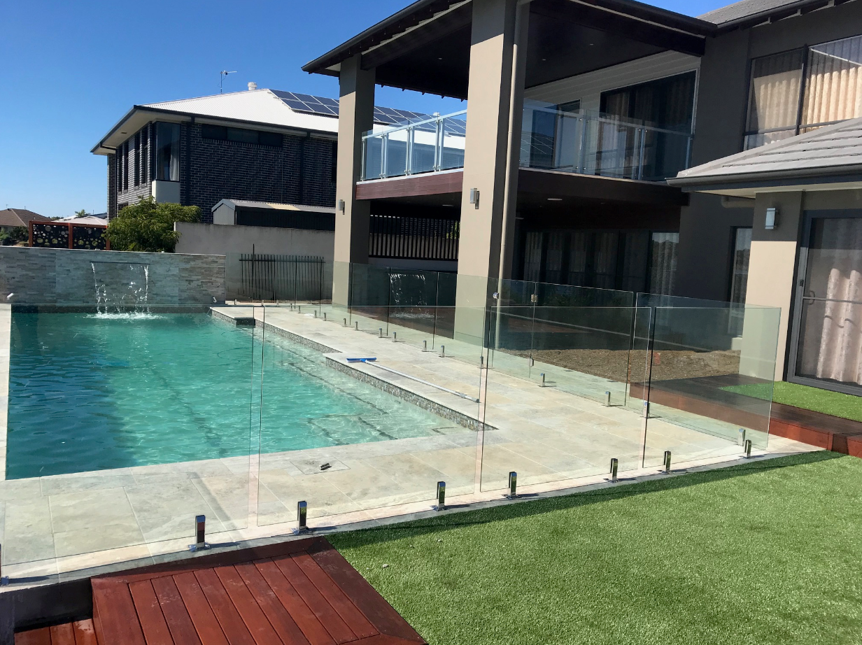 Oxenford pool builder - Cozy Pools & Spas